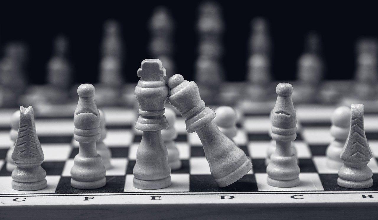 love, chess, man and woman-5012449.jpg